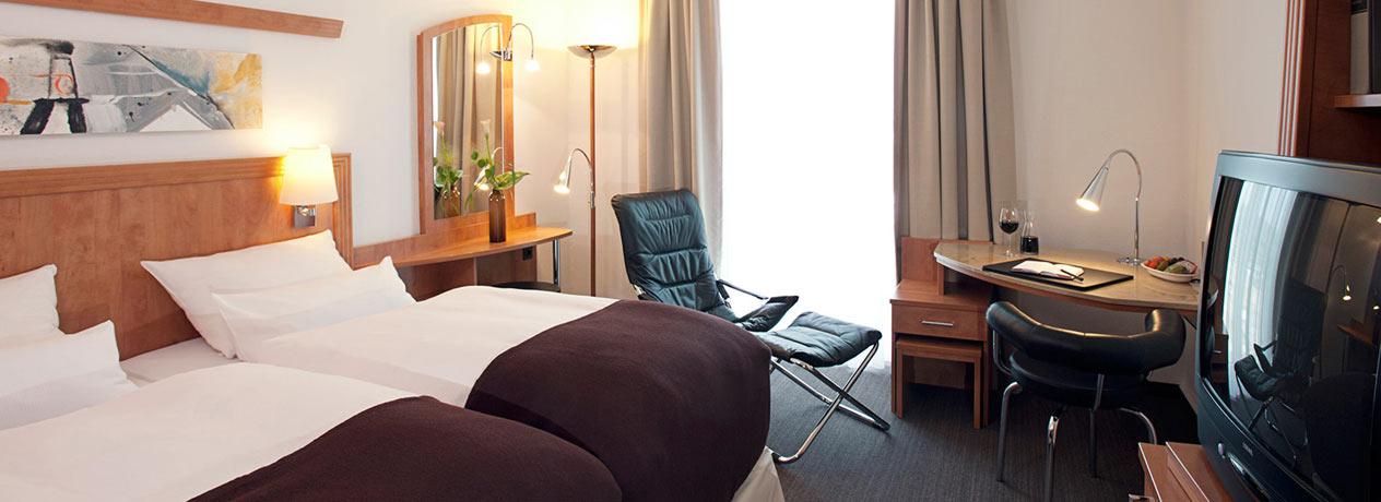 dein citytrip in den norden deutschlands urlaubsheld. Black Bedroom Furniture Sets. Home Design Ideas
